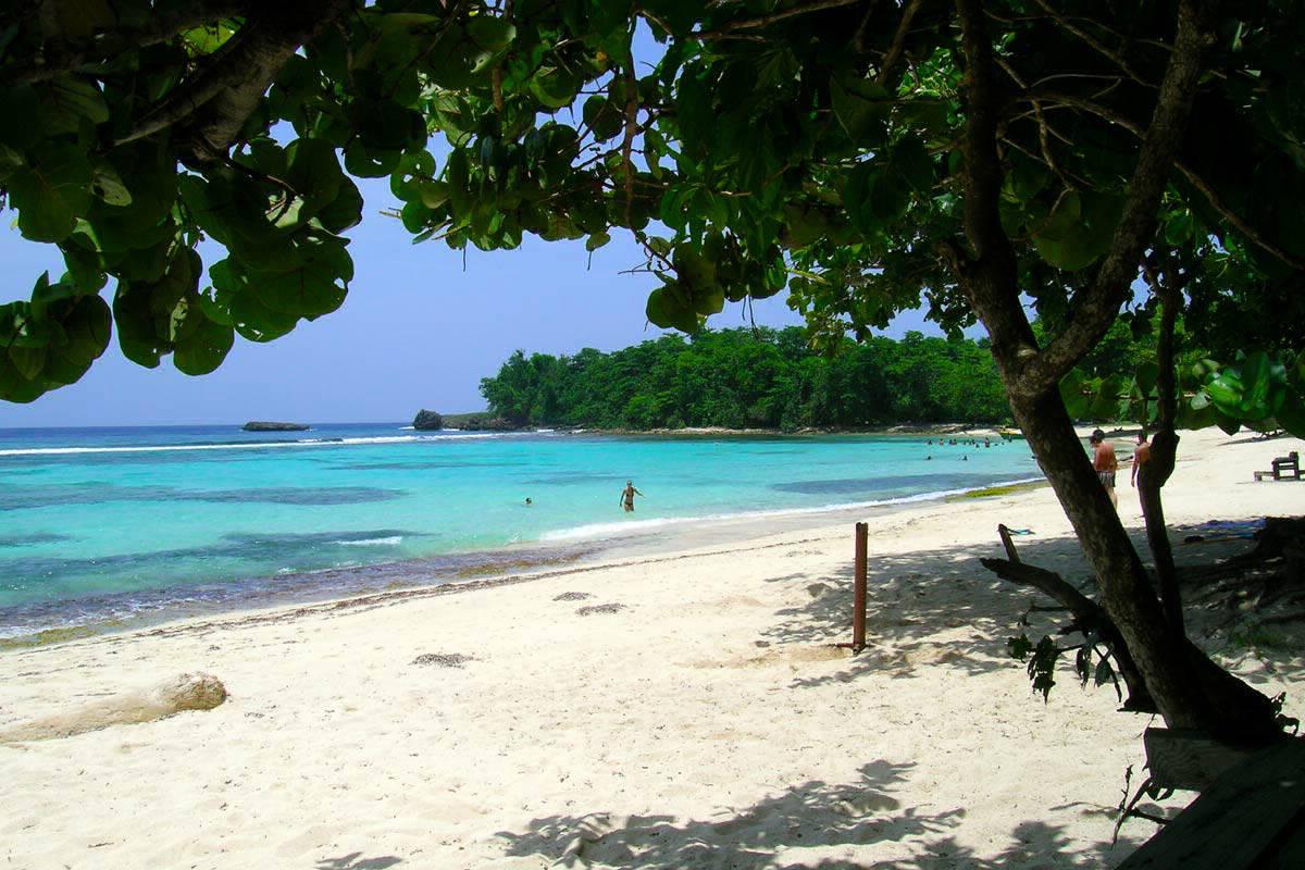 Free Winnifred Beach Jamaica